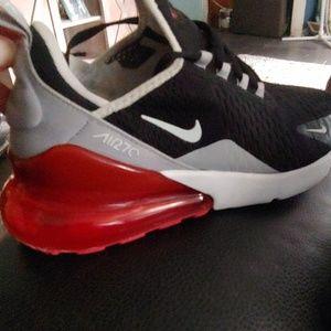Nike Air Max 2 7 0